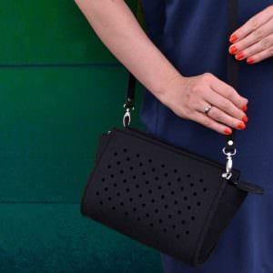 ZipperPocketBlack dostpna na wwwfeltlabelpl black felthandmade felt handbag