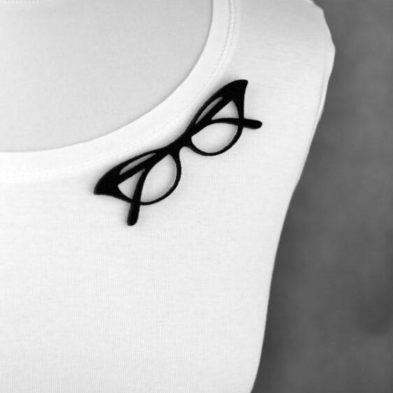 """broszka filcowa okulary złożone """"kocie oko"""""""
