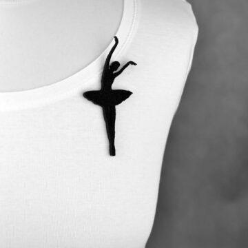 broszka filcowa baletnica