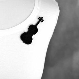 broszka filcowa skrzypce
