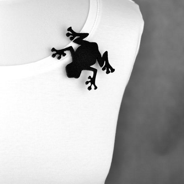 broszka filcowa żaba Rozalia