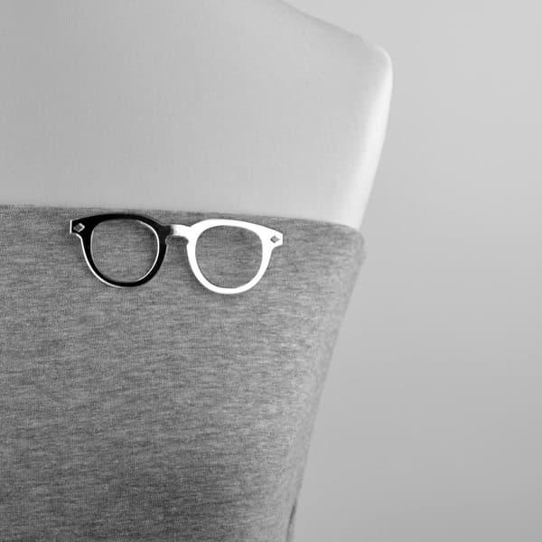 """broszka plastikowa """"okulary mądrali"""""""