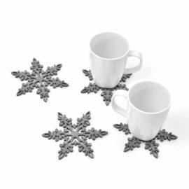 Cztery podkładki filcowe w kształcie śnieżynek FS3