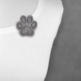 Broszka filcowa kocia łapa