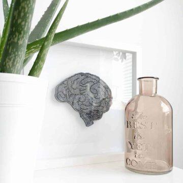 Obraz z filcowym mózgiem