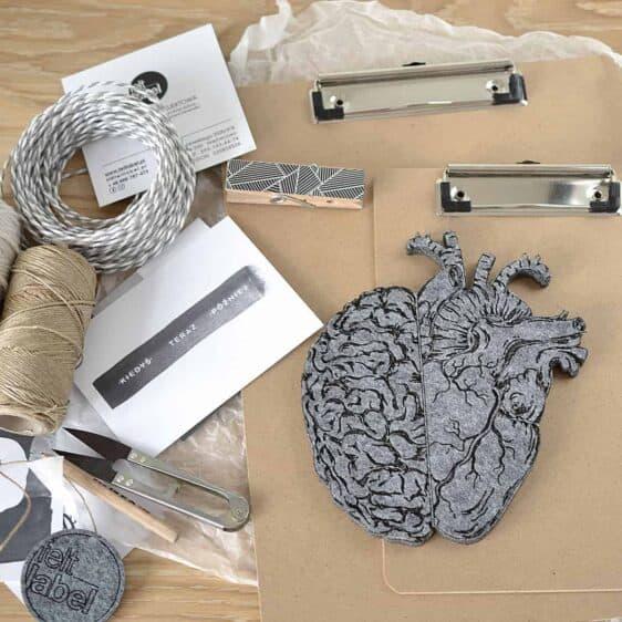 Filcowe mózg i serce w jednym do dekoracji