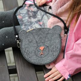 Szara filcowa torebka dla dziewczynki - Miś